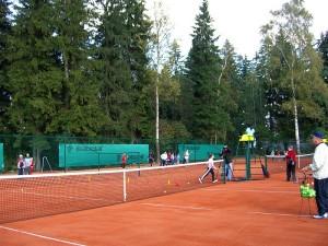 Строительство теннисного корта в Краснознаменске
