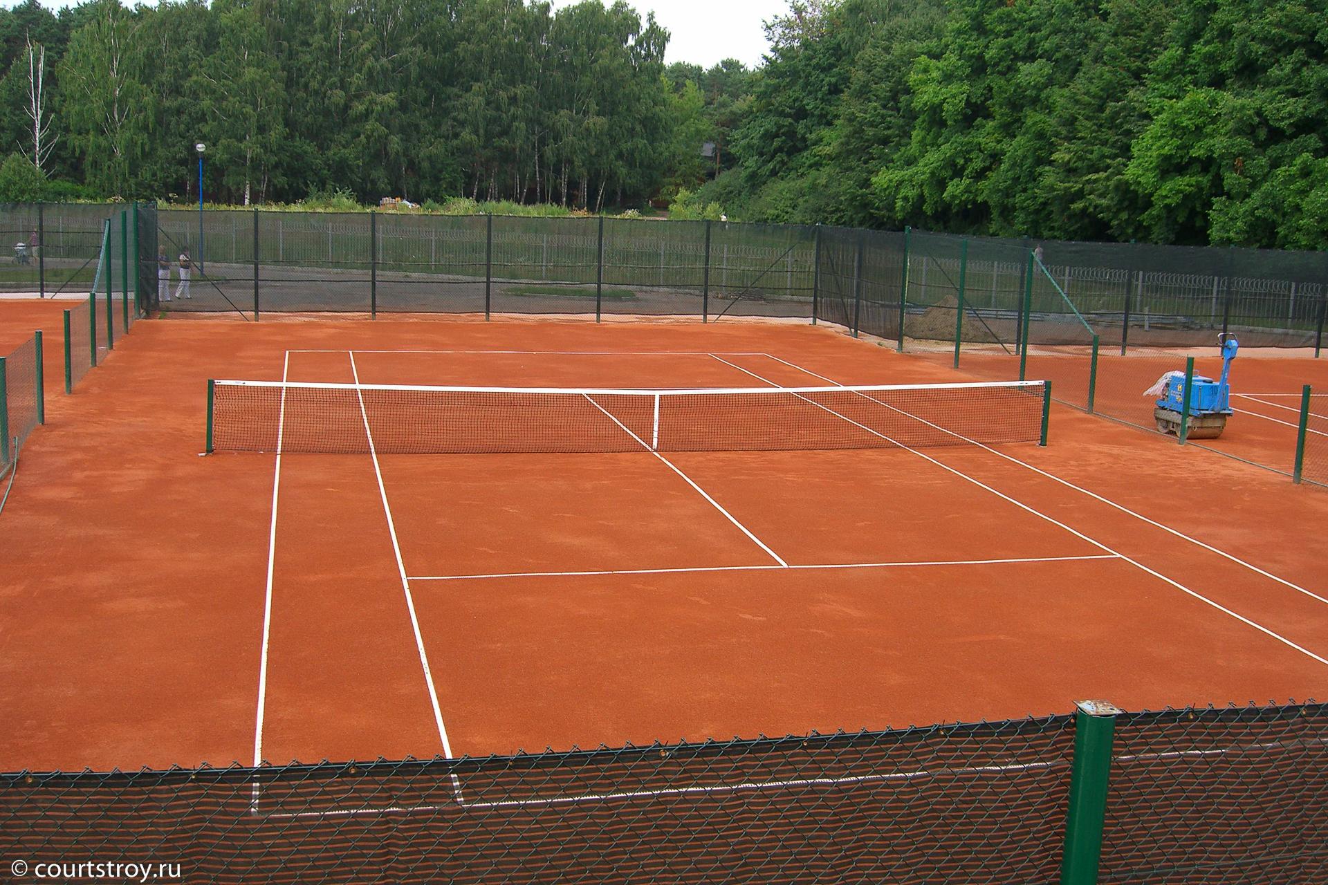 Теннисный корт грунт своими руками